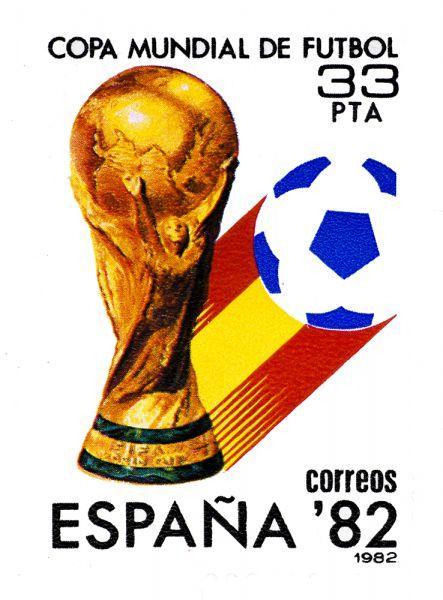 ЧМ-1982 в Испании. Итальянцы в третий раз стали чемпионами мира, обыграв в финале команду ФРГ.