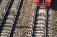Поездом отрезало мужчине руку.