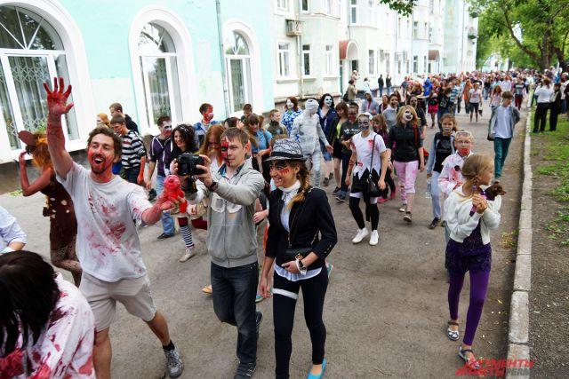 Парад зомби.