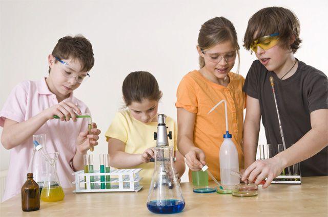 Химия теперь для школьников - один из самых увлекательных предметов.