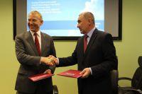 Врио ректора РГГМУ Владимир Сакович и Руководитель Росгидромета Александр Фролов подписали важное соглашение.