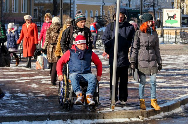 Как чувствует себя колясочник на улицах Иркутска и почему городская среда на становится доступной?