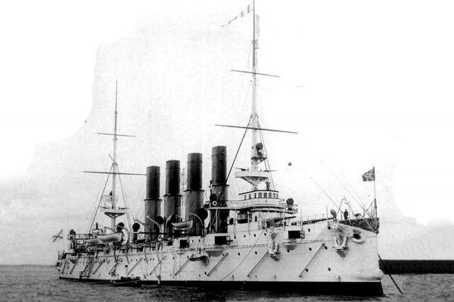 Крейсер «Варяг».