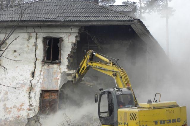 В Екатеринбурге снесут очередной дом на землях для ИЖС