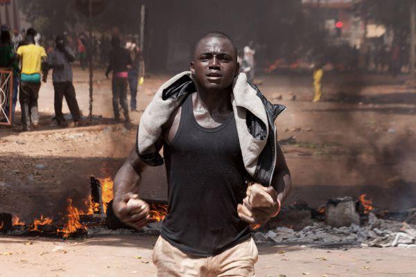 Компаоре призвал лидеров оппозиции прекратить акции протеста.
