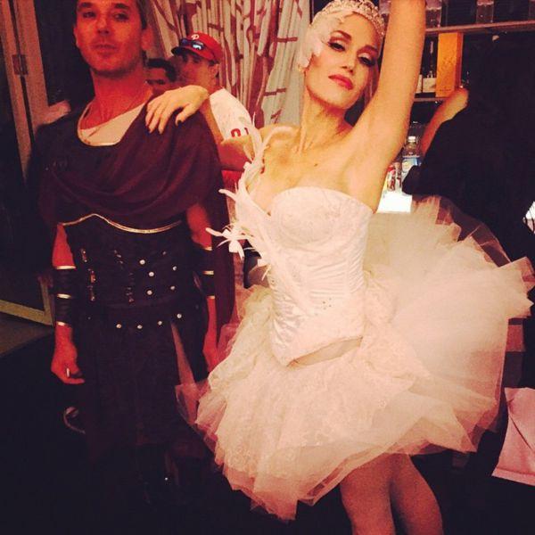 «Умирающий лебедь» или прима-балерина? Гвен Стефани на праздновании Хэллоуина. Кто она на этот раз?