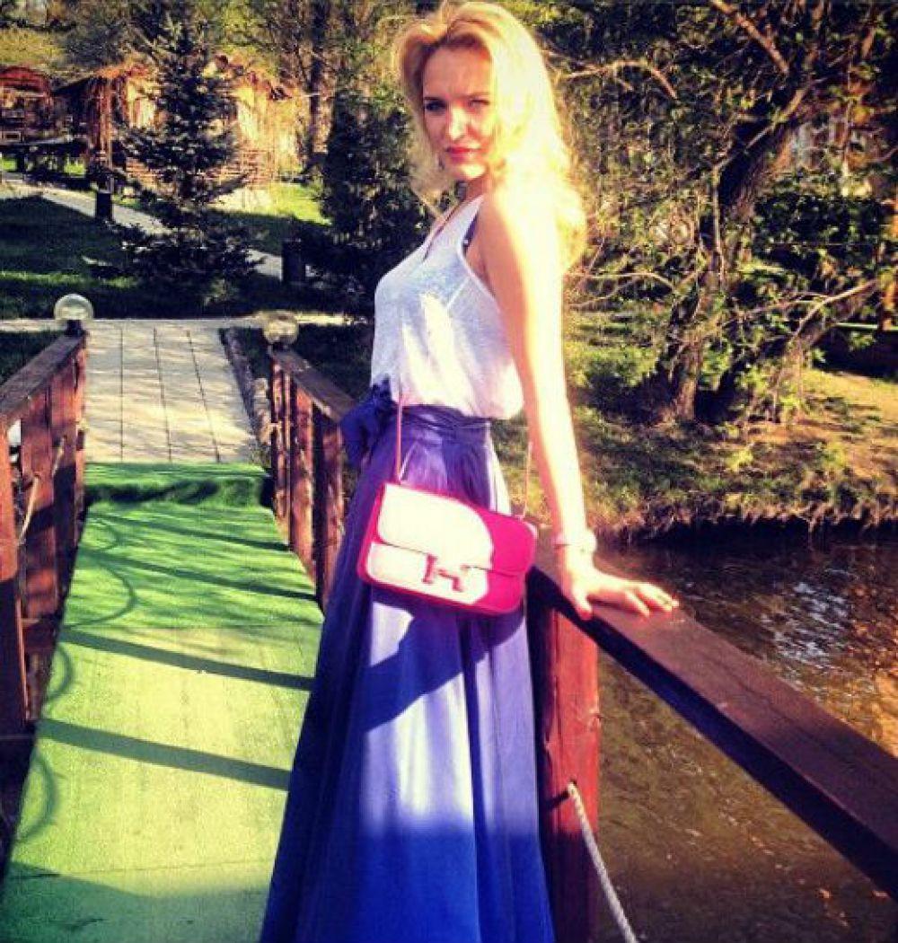 Алла Добкина – дочь бывшего председателя Харьковской областной государственной администрации Михаила Добкина