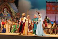 «Сказка о царе Салтане» на сцене Приморского театра оперы и балета.