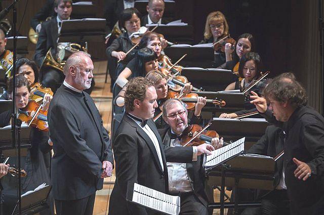 Солист Сергей Лейферкус на Фестивале «15 симфоний Дмитрия Шостаковича».
