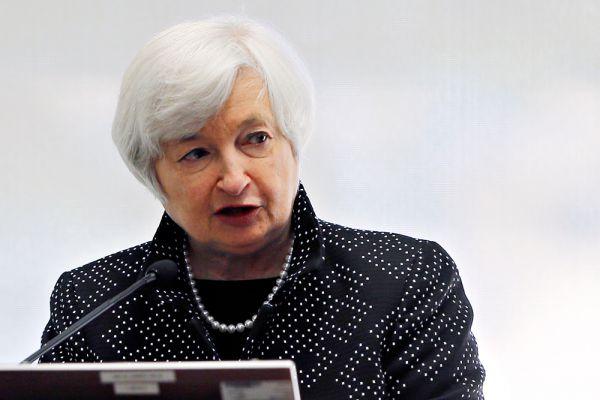 На шестое место рейтинга попала глава ФРС США Джанет Йеллен. Помимо Меркель и Йеллен, в рейтинг попали еще семь женщин, но ни одна из них не вошла в топ-30.