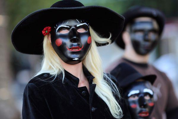 «Марш миллиона масок». Калифорния.