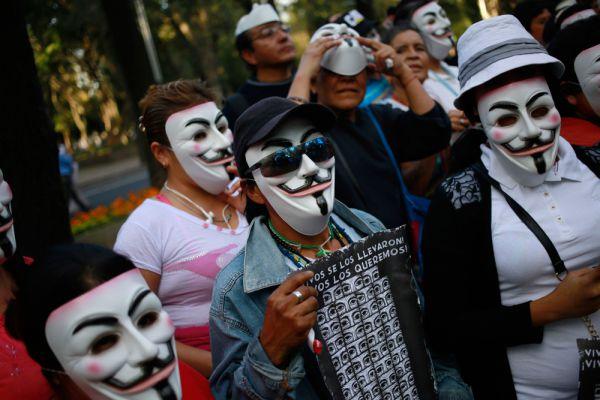 «Марш миллиона масок». Мехико.