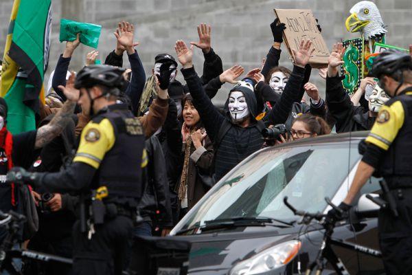 «Марш миллиона масок». Лос-Анджелес.