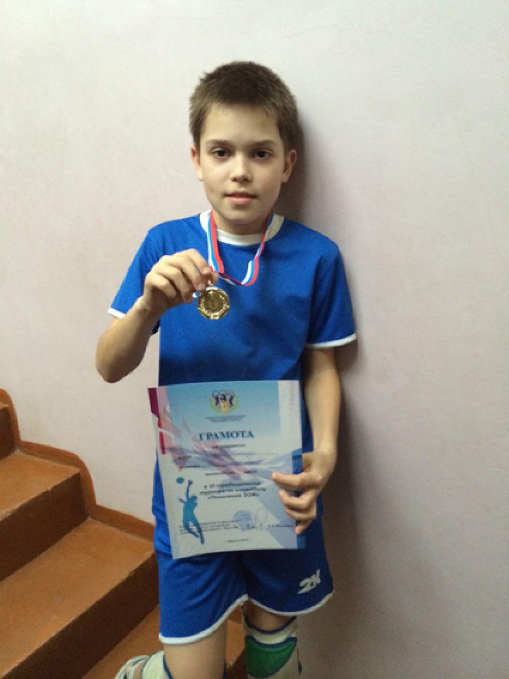 Участник №40. Затонский Александр