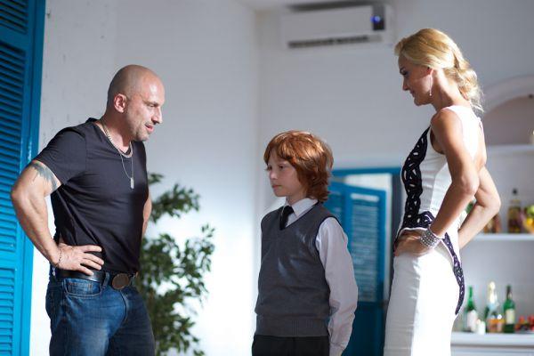 К началу второго сезона Фома потерял не только надежду на дальнейшую работу у Мамая, но и место физрука в школе, любимую женщину Таню и лучшего друга Лёху «Психа».