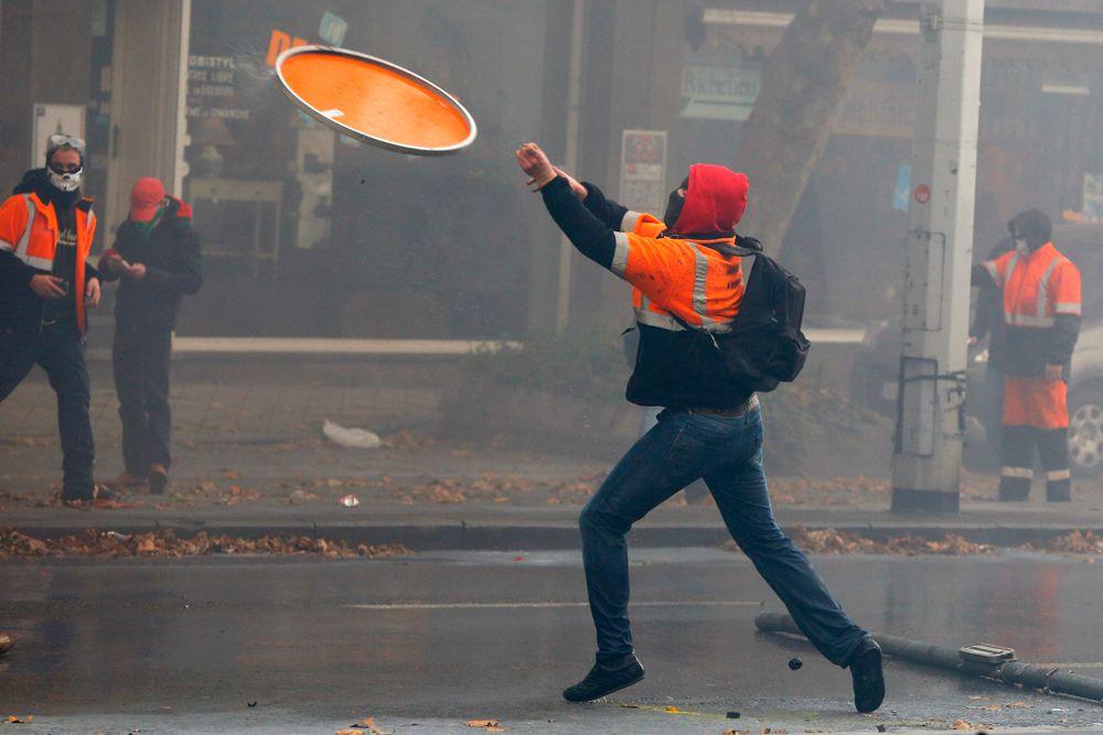 Премьер-министр Бельгии Шарль Мишель, отметил, что этой акцией протеста люди хотели показать правительству, что у них имеется оппозиция. «Такая высокая явка людей на сегодняшний митинг означает лишь одно: не все согласны с повышением пенсионного возраста и существующими порядками».