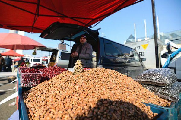 Кедровые орехи - самые вкусные дикоросы.