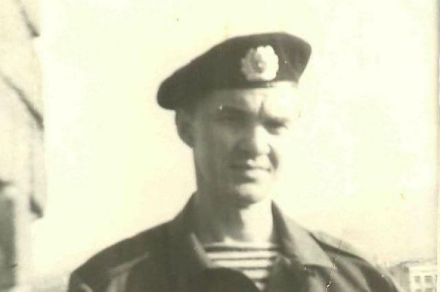 Юрий Медведев.