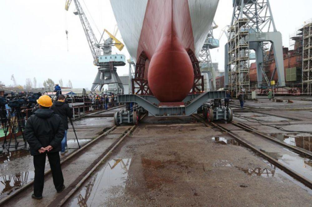 Портфель заказов на предприятии обеспечен до 2017 года и составляет более 100 млрд рублей.