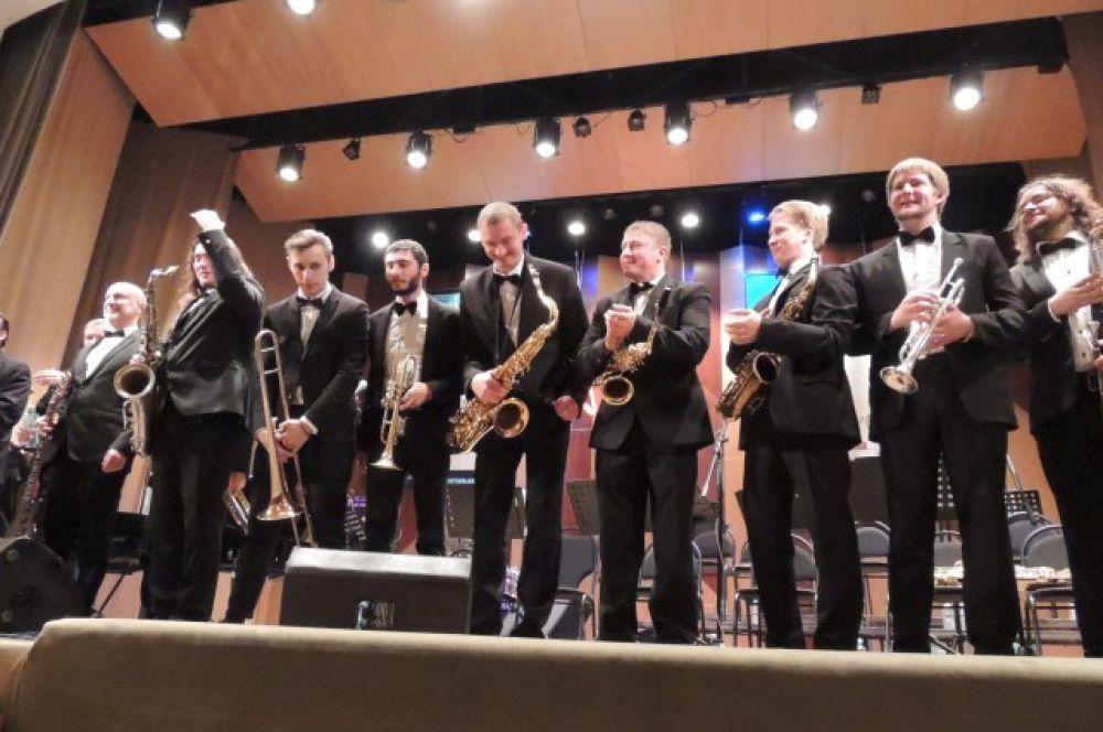 В столицу Черноземья Jazz Travel Big Band прибыл впервые
