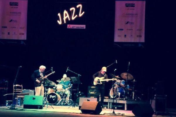 В финале «Джазовой провинции» сыграл музыкант, выступавший на «Грэмми»