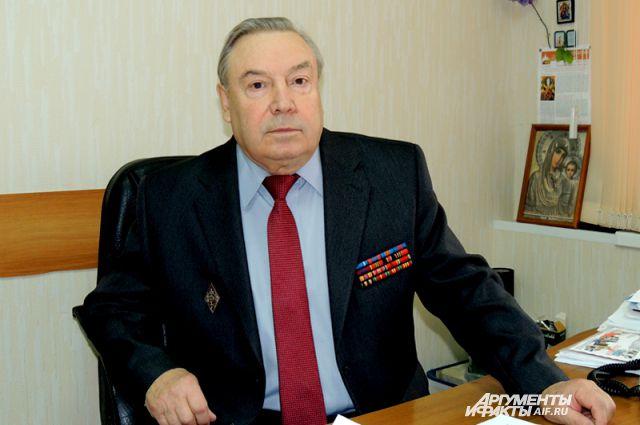 Генерал-майор криминальной милиции в отставке Петр Сибирев.