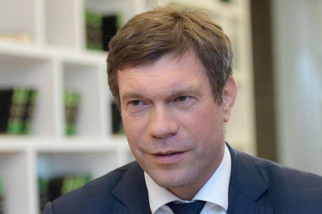 Олег Царев.