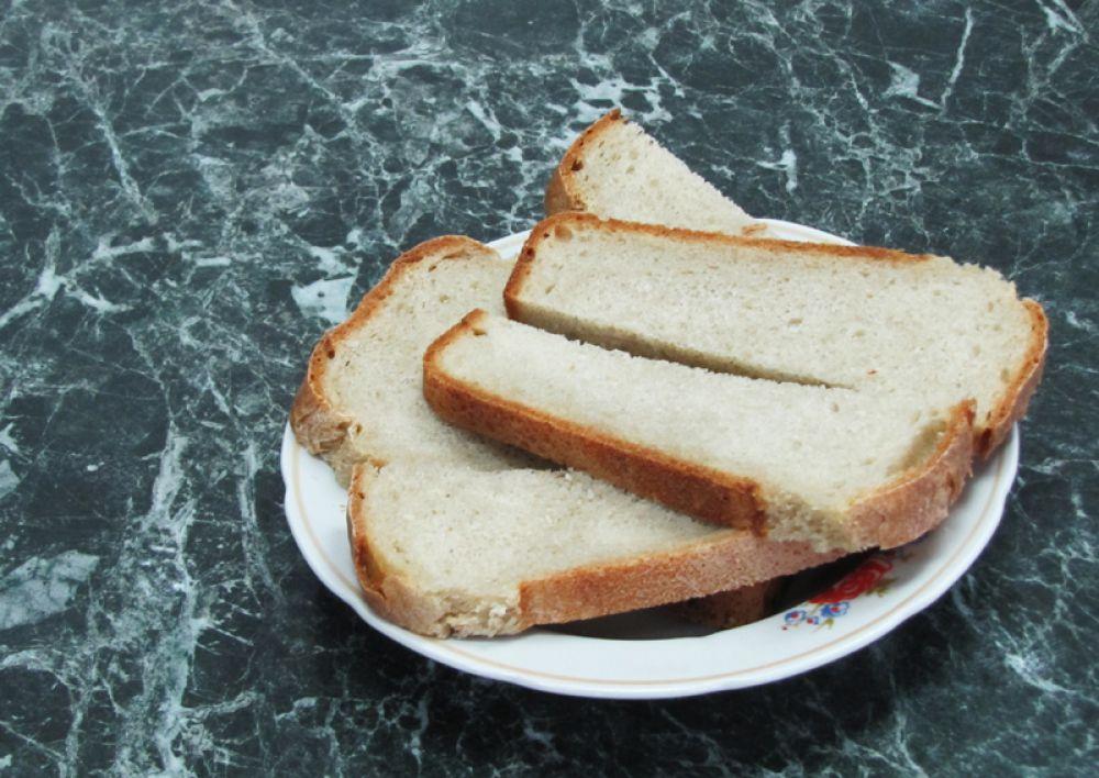 5.В колонии пекут собственный хлеб – между прочим, очень вкусный