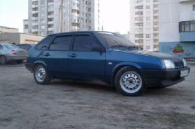 Некоторым жителям Железнодорожного района Ринат Ганеев запомнился очень похожим автомобилем.