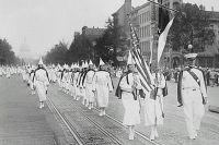 Парад ку-клукс-клана в Вашингтоне в 1928 году