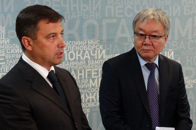 Заместитель министра энергетики РФ Кирилл Молодцов и первый заместитель губернатора Югры Александр Ким