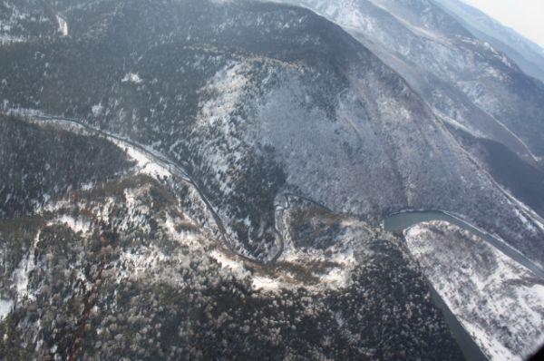 Высота снега в речных долинах достигает 2-2,5 метра.