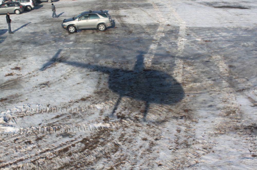 Прогулочный четырёхместный вертолёт «Robinson R 44» в следующем году планируется использовать для обзорных экскурсий и доставки фри райдеров на заснеженные склоны гор.