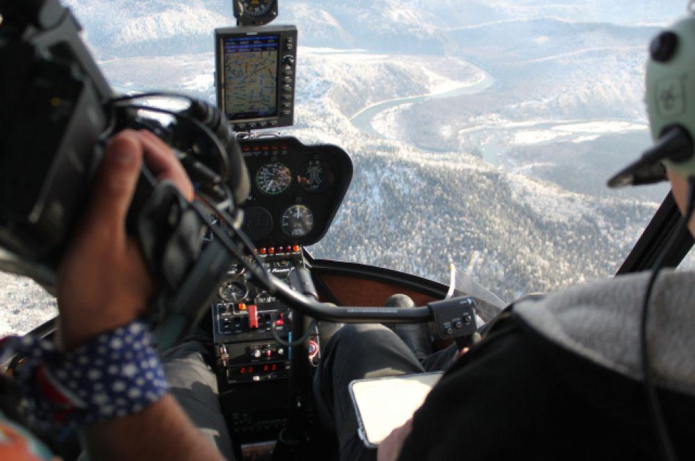 С вертолета можно увидеть то, что недоступно с земли.