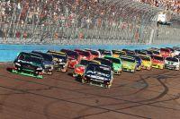 Гонка NASCAR Sprint Cup в Финиксе.