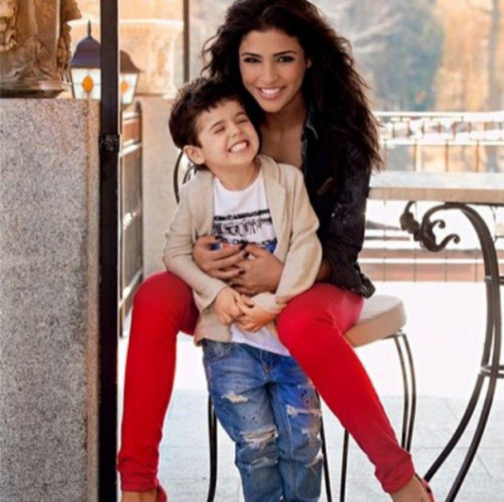 Санта Димопулос с сыном Даниэлем
