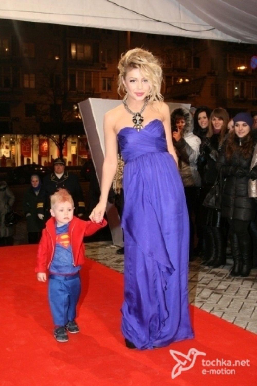 Тина Кароль – с сыном Веней