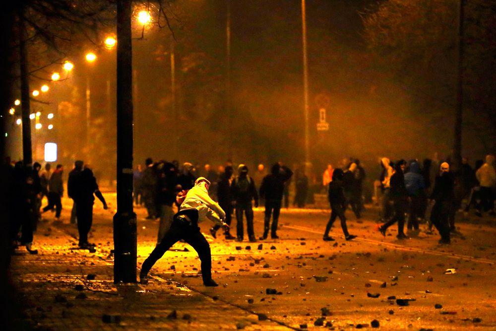 В Варшаве 11 ноября 2014 года, в День независимости, прошло шествие, организованное националистами. При столкновениях с полицией были задержаны почти 300 человек, около 50 человек пострадали.