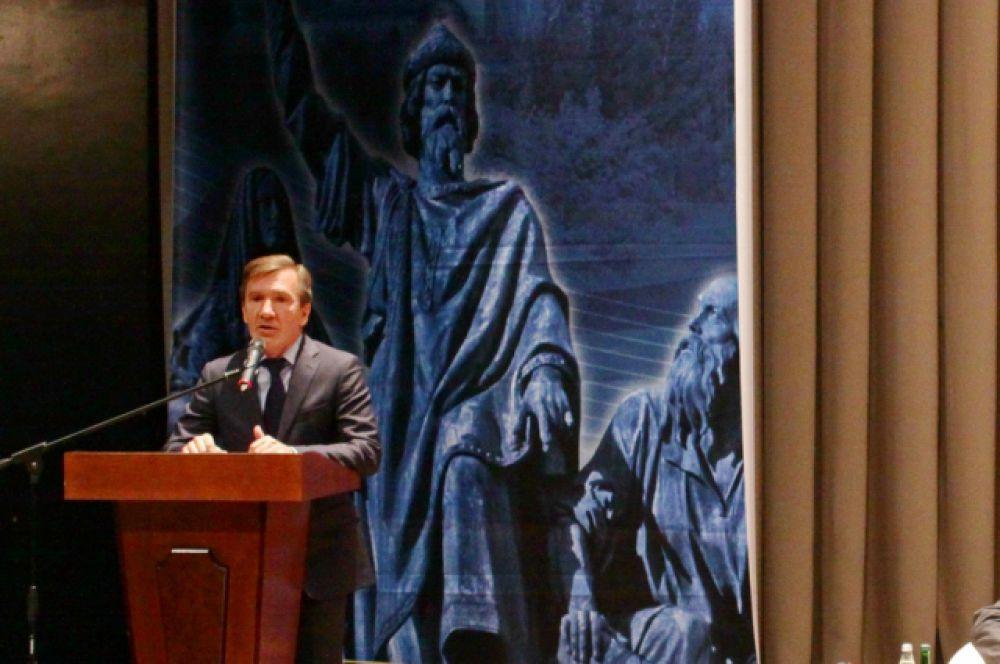 Выступление первого замеситтеля губернатора Игоря Гуськова.