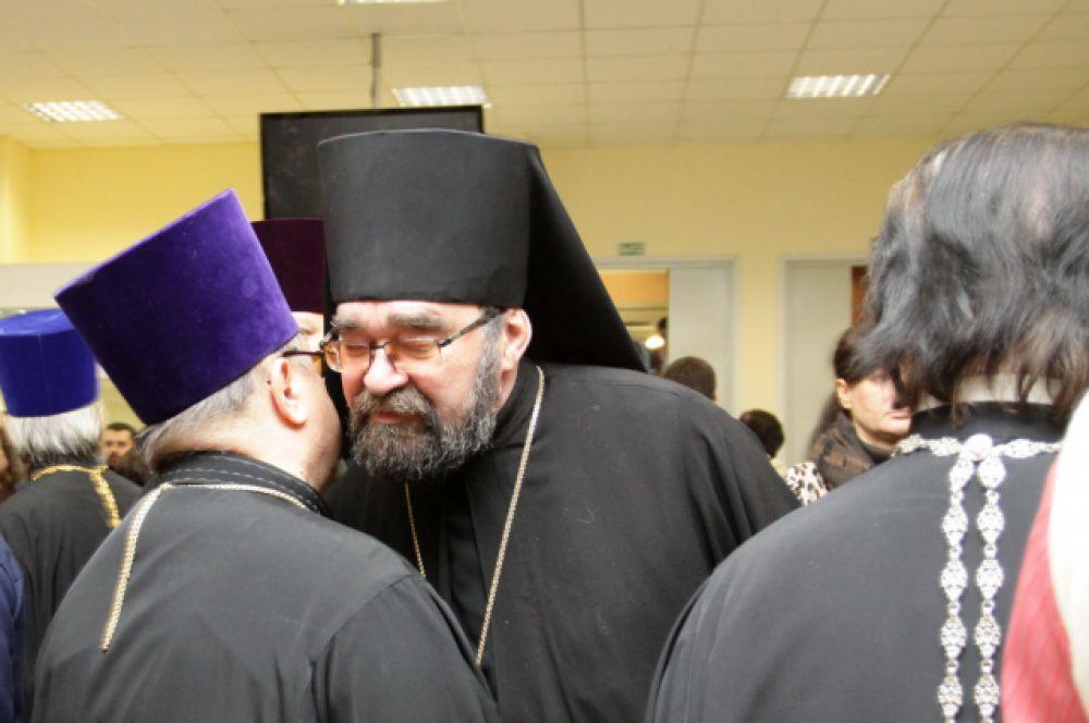На Чтения съехались служтели Донской метрополии со всего региона.