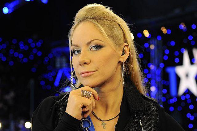 Голая слава из украина мае талант ценная