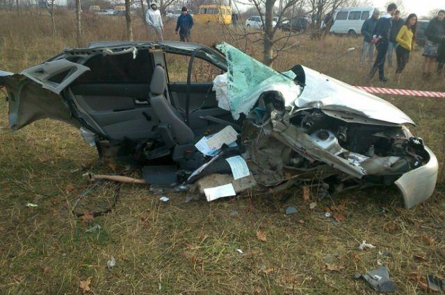 авария на мерседесе троя погибли