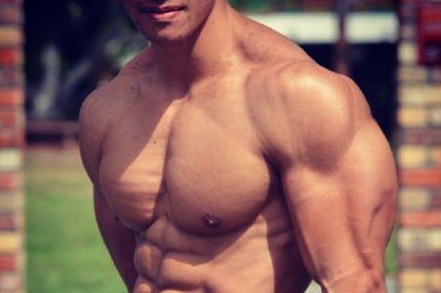Как быстро накачать плечи и мышцы ног