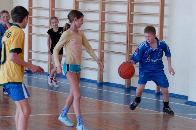 Открытые уроки физкультуры пройдут в омских школах.