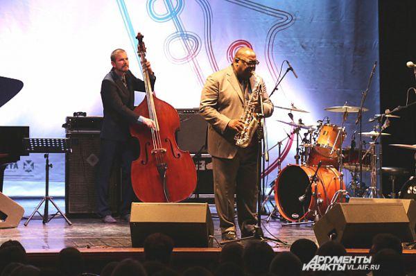 Jesse  Davis Quartet, США