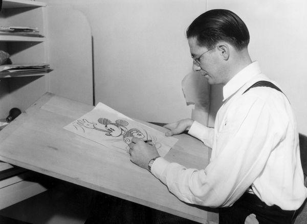 Два первых мультфильма о приключениях Микки Мауса с треском провалились, и только третий мультик понравился зрителям. Это было 18 ноября 1928 года