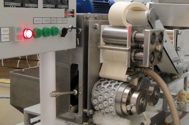 Омская машина для лепки пельменей пользуется популярностью во всем мире.