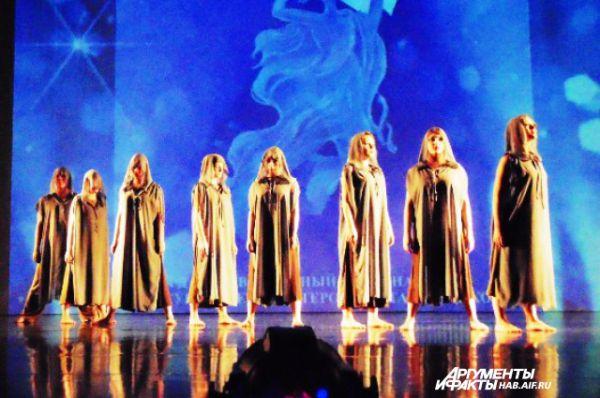 Странный, но завораживающий танец открыл последний блок смотра-конкурса балетмейстеров-постановщиков