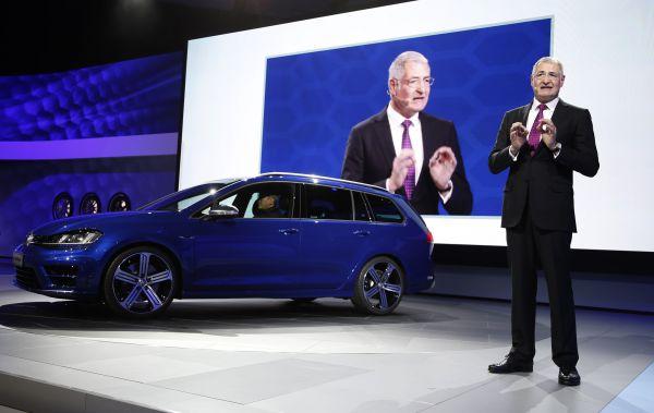 Volkswagen Golf R SportWagen