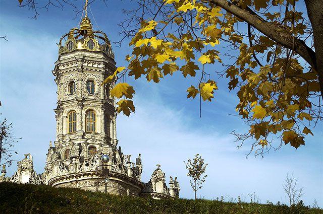 Знаменская церковь, Дубровицы.